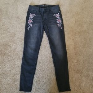 WHBM Black Jegging with Flowers